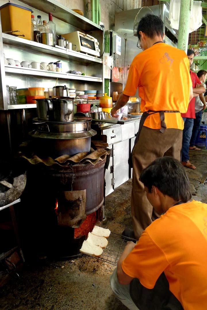 Toast Maker Chowrasta Market